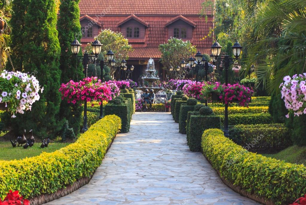 Gesti n de pavimentos en los jardines hermosos fotos de - Pavimentos para jardines ...