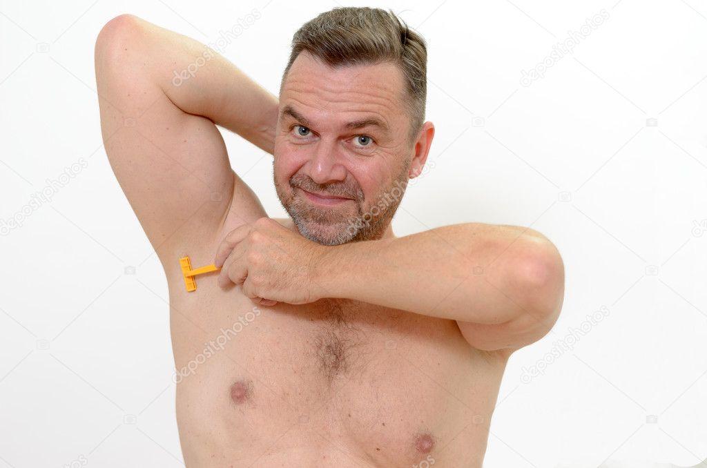 muzhiki-s-britim-pahom-foto-smotret-porno-foto-samih-unikalnih-vlagalish