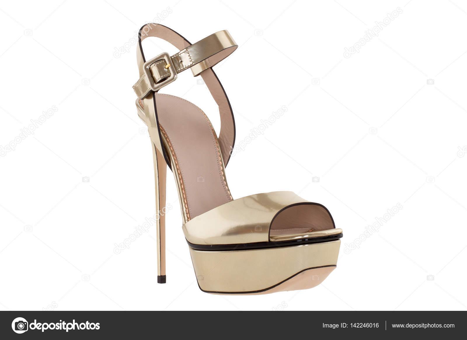 d46a443a Zapatos. Zapatos de mujer sobre un fondo blanco. calzado Premium. Zapatos  italianos marca - fotos: marcas de zapatos italianos para mujer — Foto de  ...
