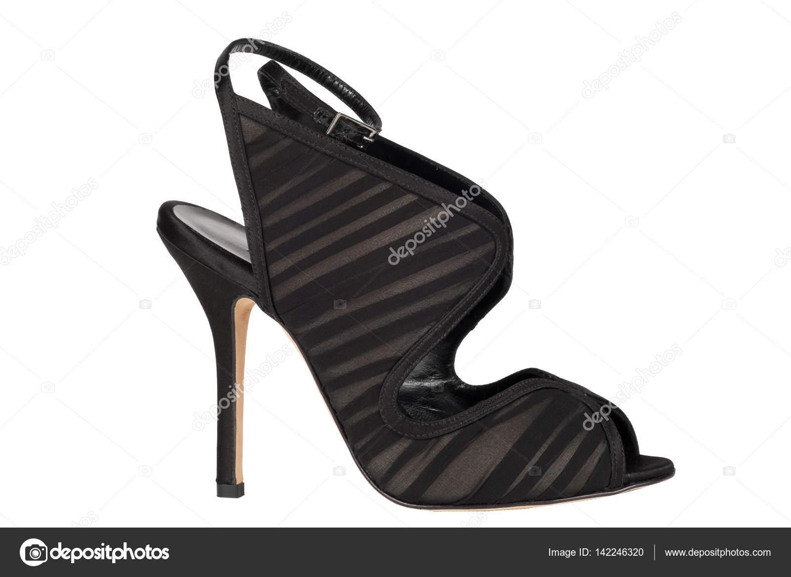 d103baabe8ce2 Zapatos. Zapatos de mujer sobre un fondo blanco. calzado Premium. Zapatos  italianos marca