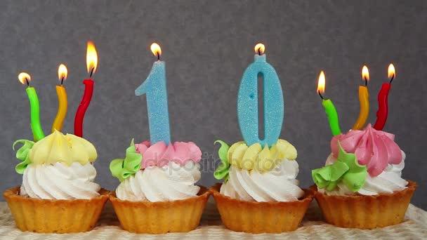 Happy 10 narozeninové dorty a modré svíčky