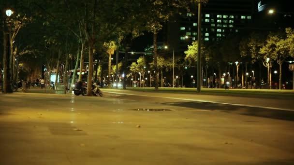 Wahrzeichen des barcelona abends