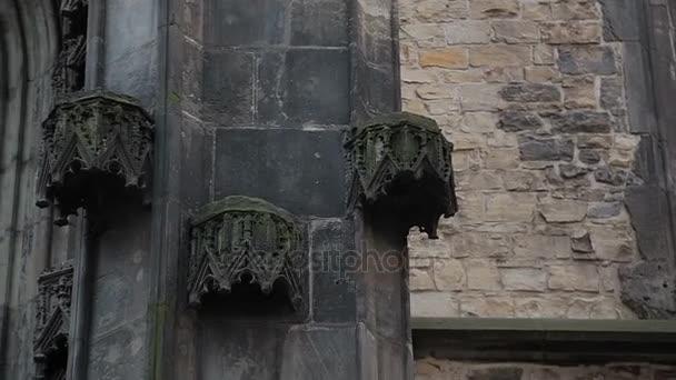 Praha kostel v zimě