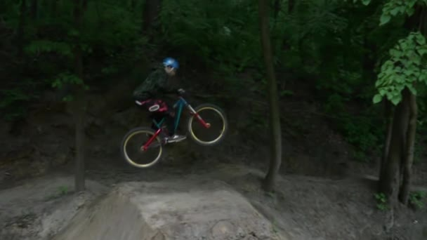 Dirt riding in the forest slow motion