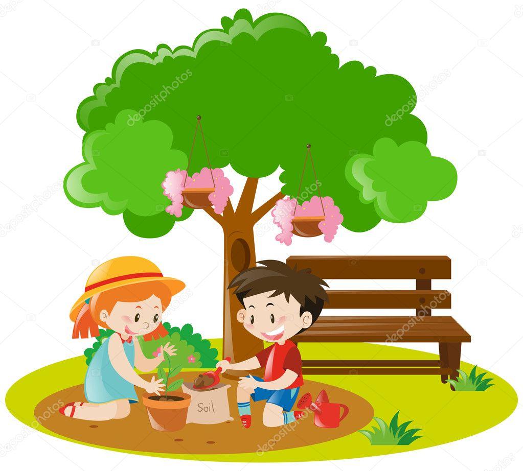 Ragazzo e ragazza di piantare un albero nel giardino for Piantare un giardino