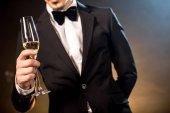 muž hospodářství šampaňské sklo
