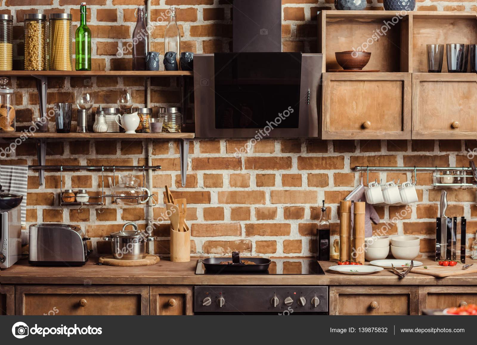 현대 부엌 인테리어 — 스톡 사진 © ArturVerkhovetskiy #139875832