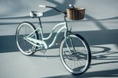 Fotografie hipster bicycle with basket