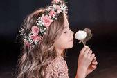 Fényképek Lány-Virág Koszorú
