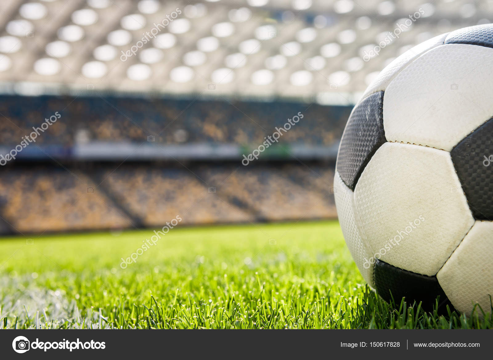 Football Pictures Images Stock Photos Depositphotos