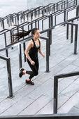 Fotografia Sportiva di formazione su una scalinata da Stadio