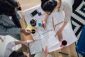 Práce s plány podnikatelky