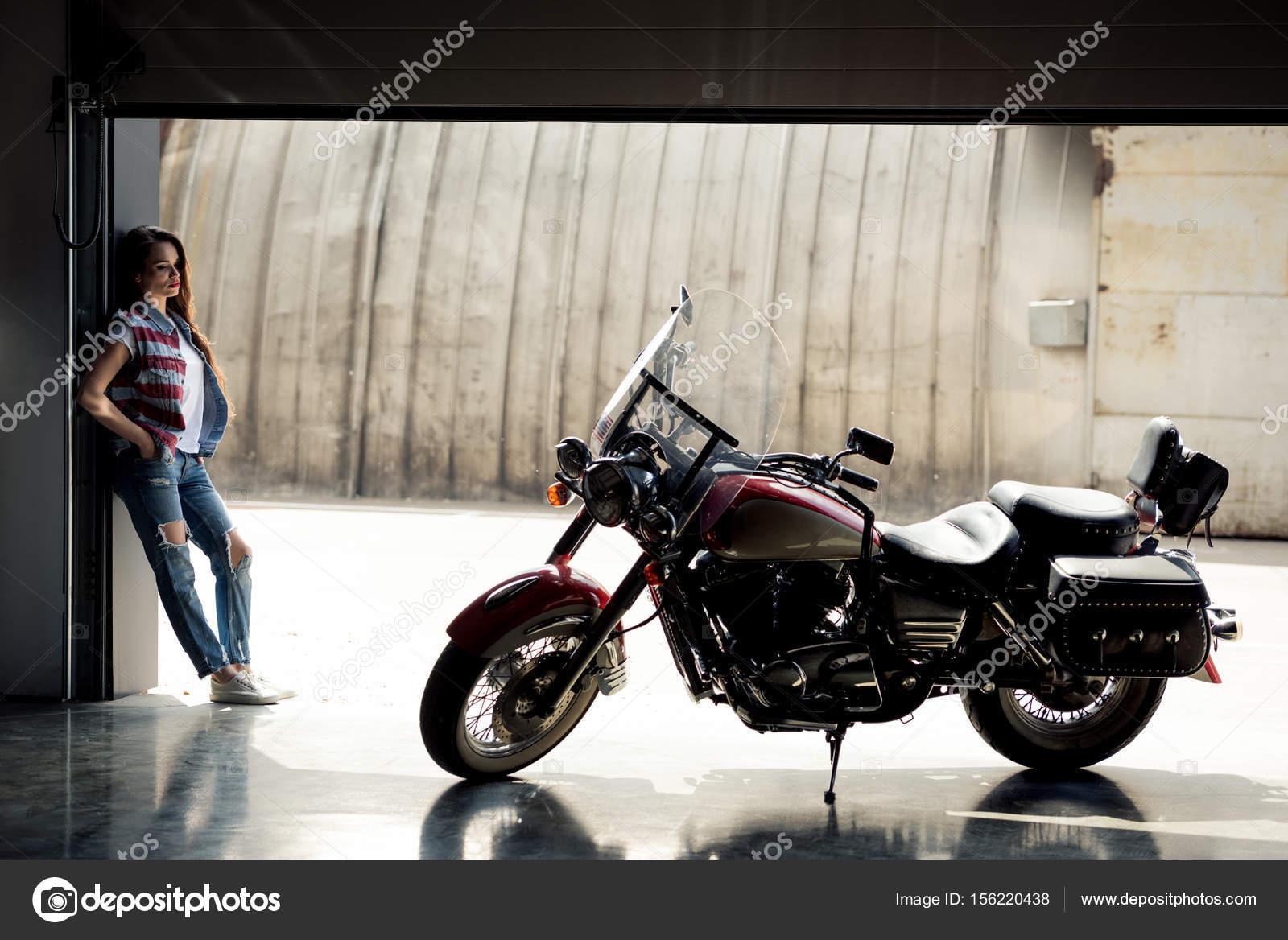 Mit motorrad frau Als Frau