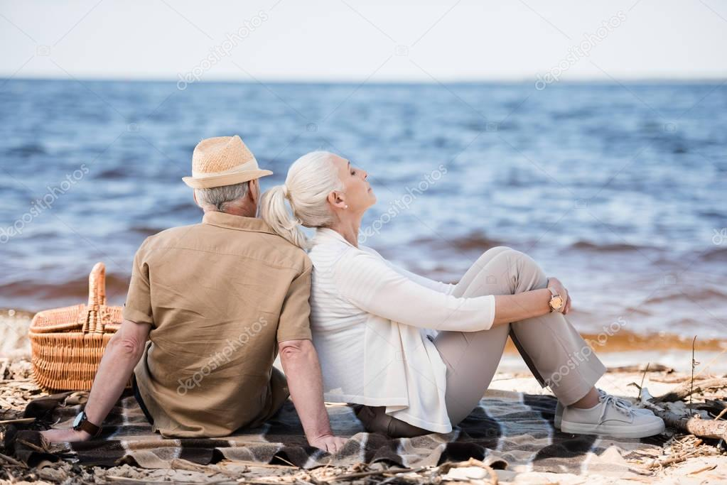 Senior couple at picnic
