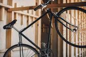Bicicletta nera hipster