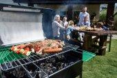 Maso a zelenina vaření na grilu