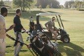 Multiethnischer Golfspieler