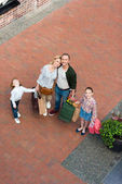 šťastné rodinné nákupy