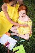 Fényképek anya és lánya rajz Park