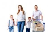famiglia felice con il carrello della spesa