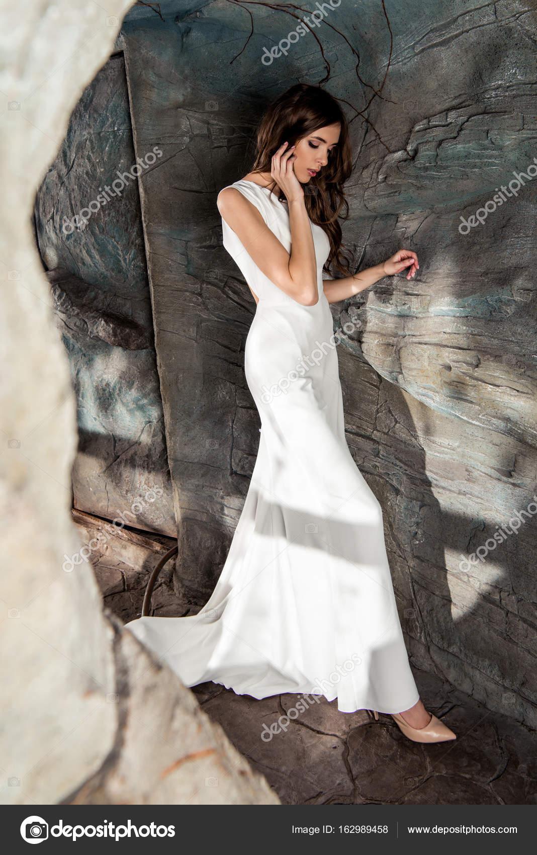 Imágenes Mujer Vestida De Blanco Mujer Vestida De Blanco