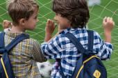 Fotografie Schüler auf Fußballplatz