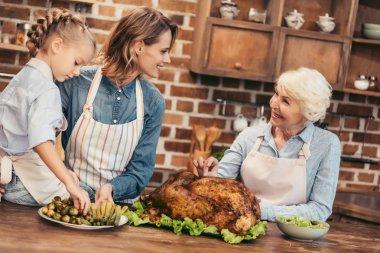 women preparing for thanksgiving