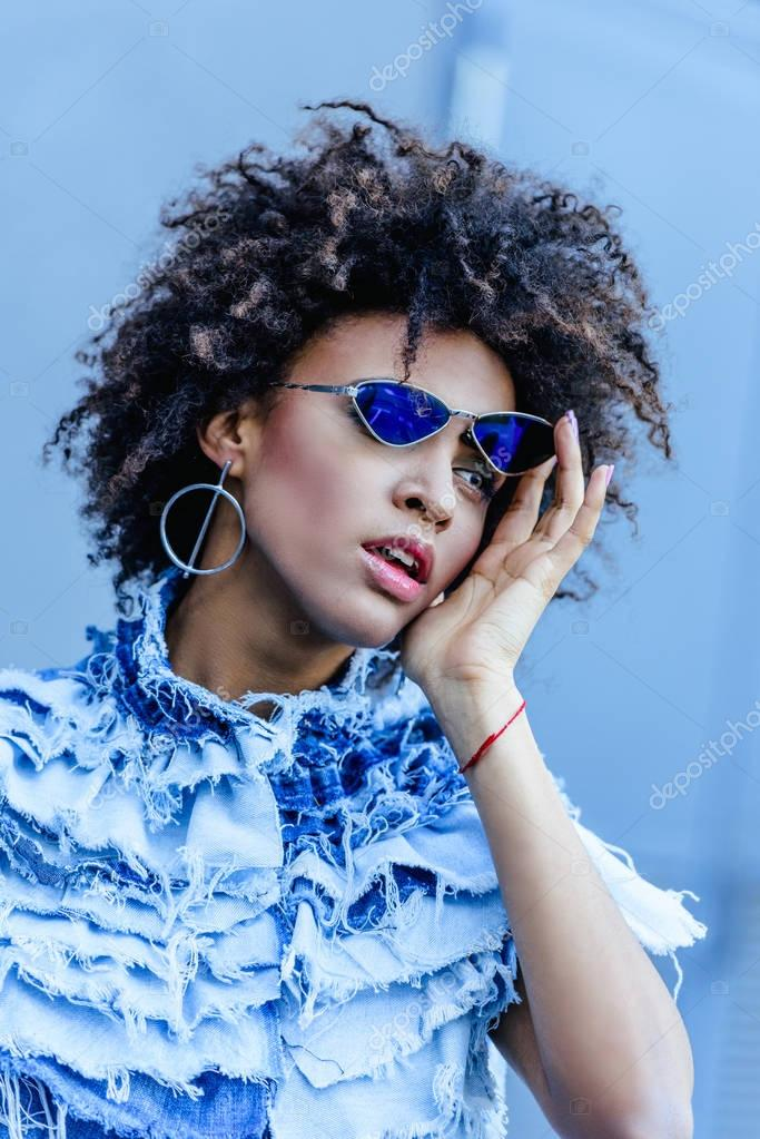 african american model in sunglasses