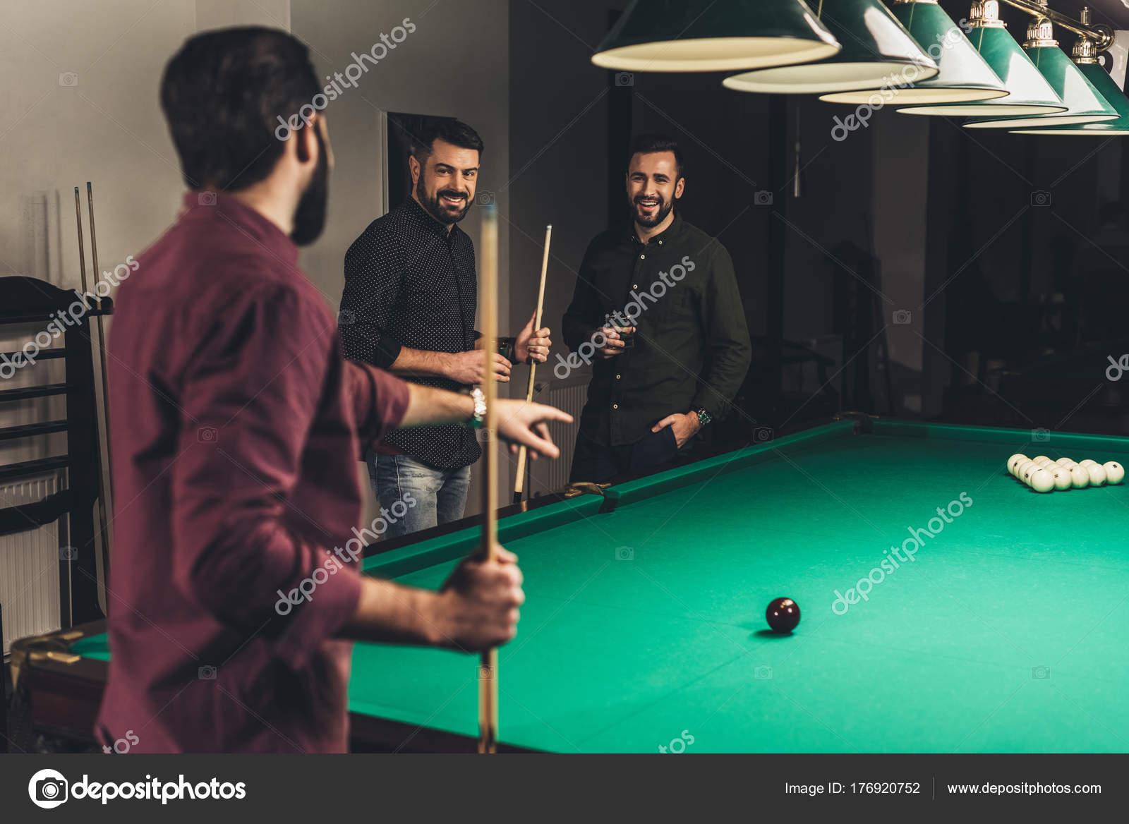 азартные игры бильярд