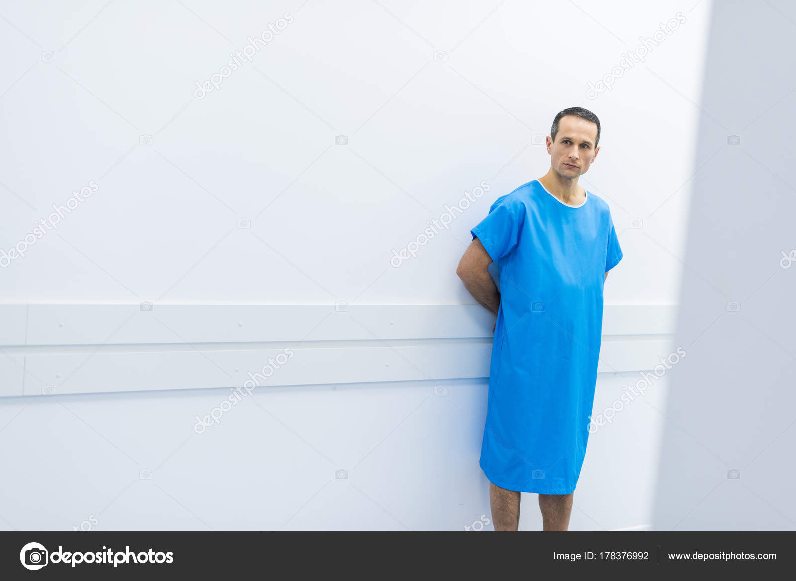Male Patient Medical Gown Standing Wall Hospital — Stock Photo ...