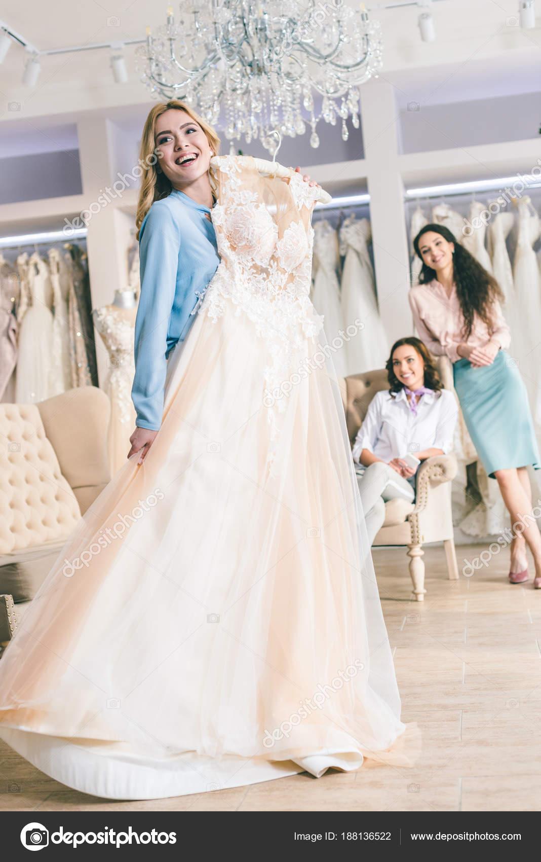 kleding voor huwelijk
