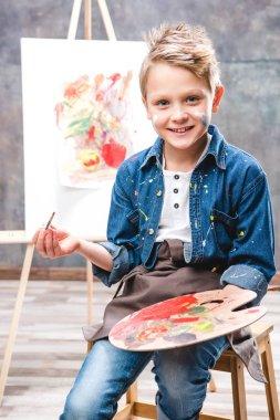 Little artist painting