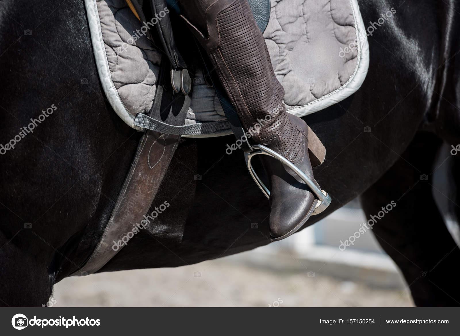 Bilder frau auf pferd Können Mädchen
