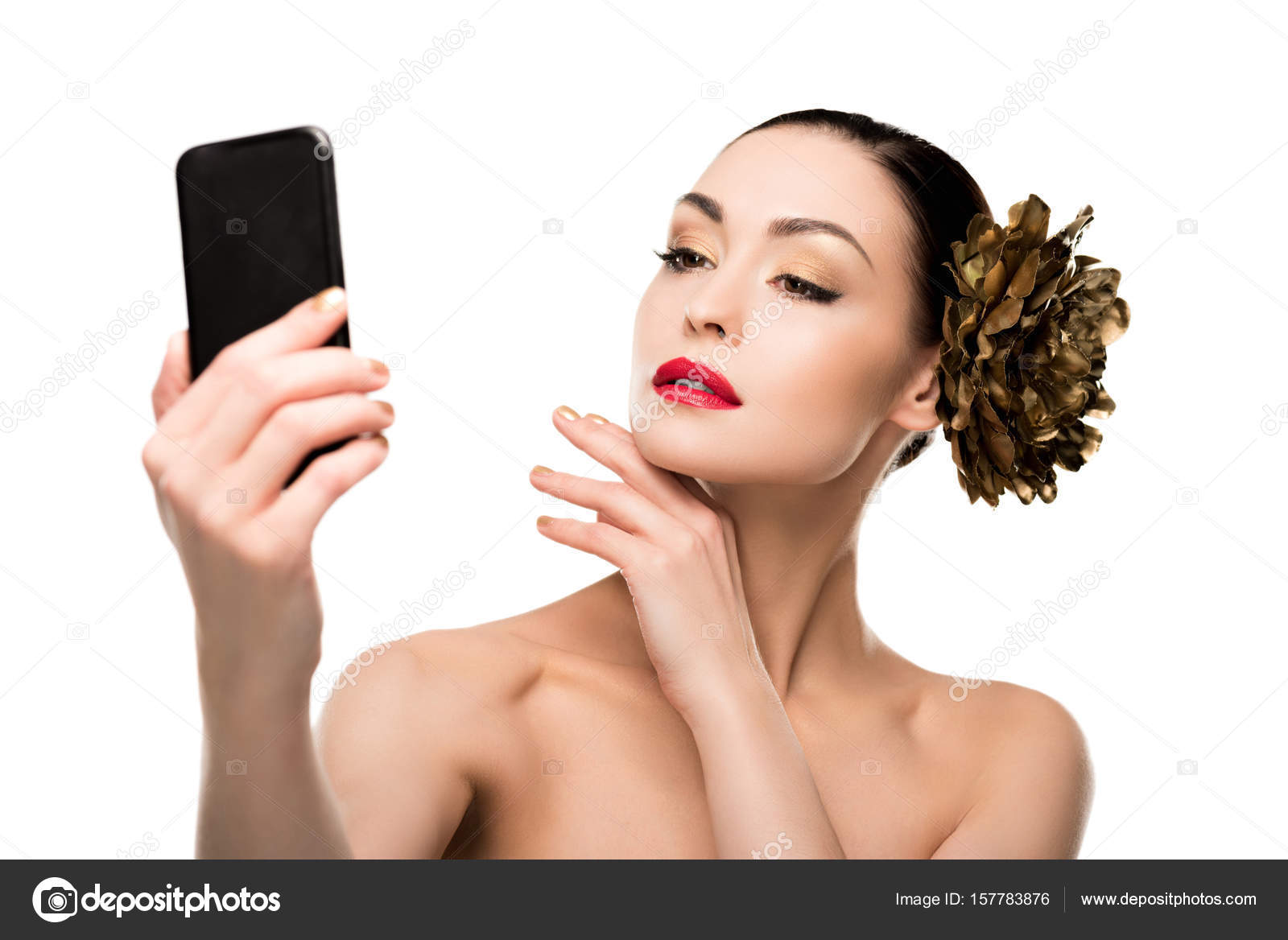 Young woman taking selfie — Stock Photo © DmitryPoch