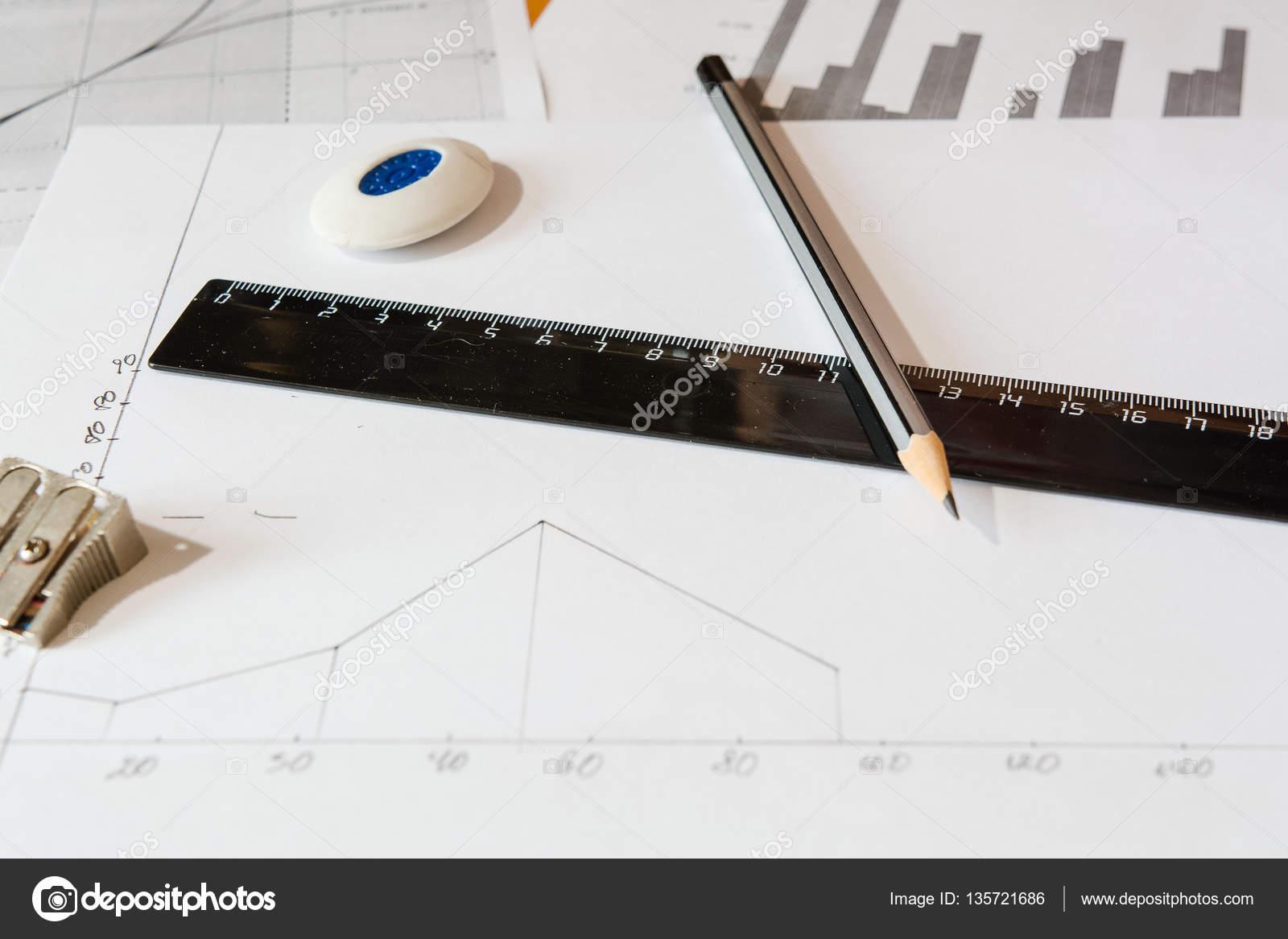Capo Ufficio Disegno : Disegno capo progetto u2014 foto stock © zhrezem@mail.ru #135721686