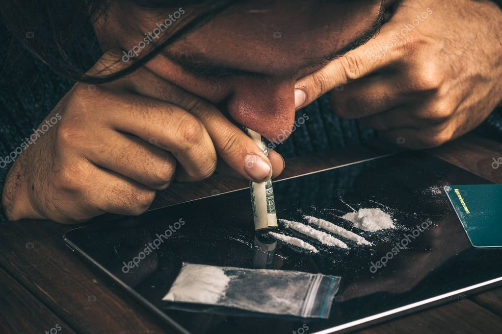 depositphotos_195190584-stock-photo-drug