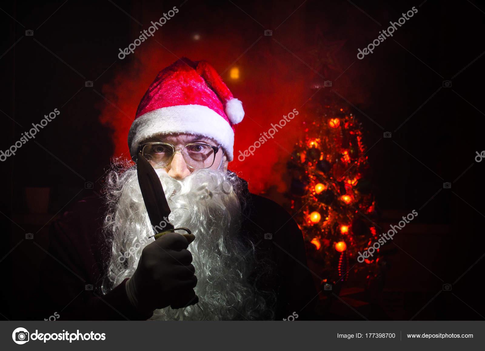 Babbo Natale Assassino.Babbo Natale Horror Mostra Il Suo Coltello Bad Arrabbiato Babbo