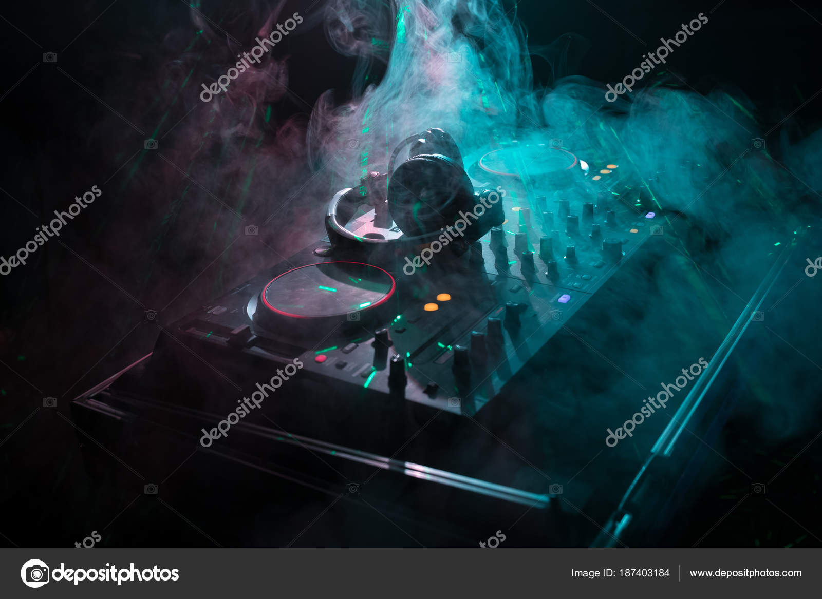 Dj Spinning Mixing And Scratching In A Night Club Hands Of Strobe Light Circuit Related Keywords Suggestions Tweak Various Track Controls On Djs Deck Lights Fog Or Mixes The