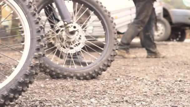 Novokuzneck, Rusko - 21.04.2018: sportovní Motocykl kola
