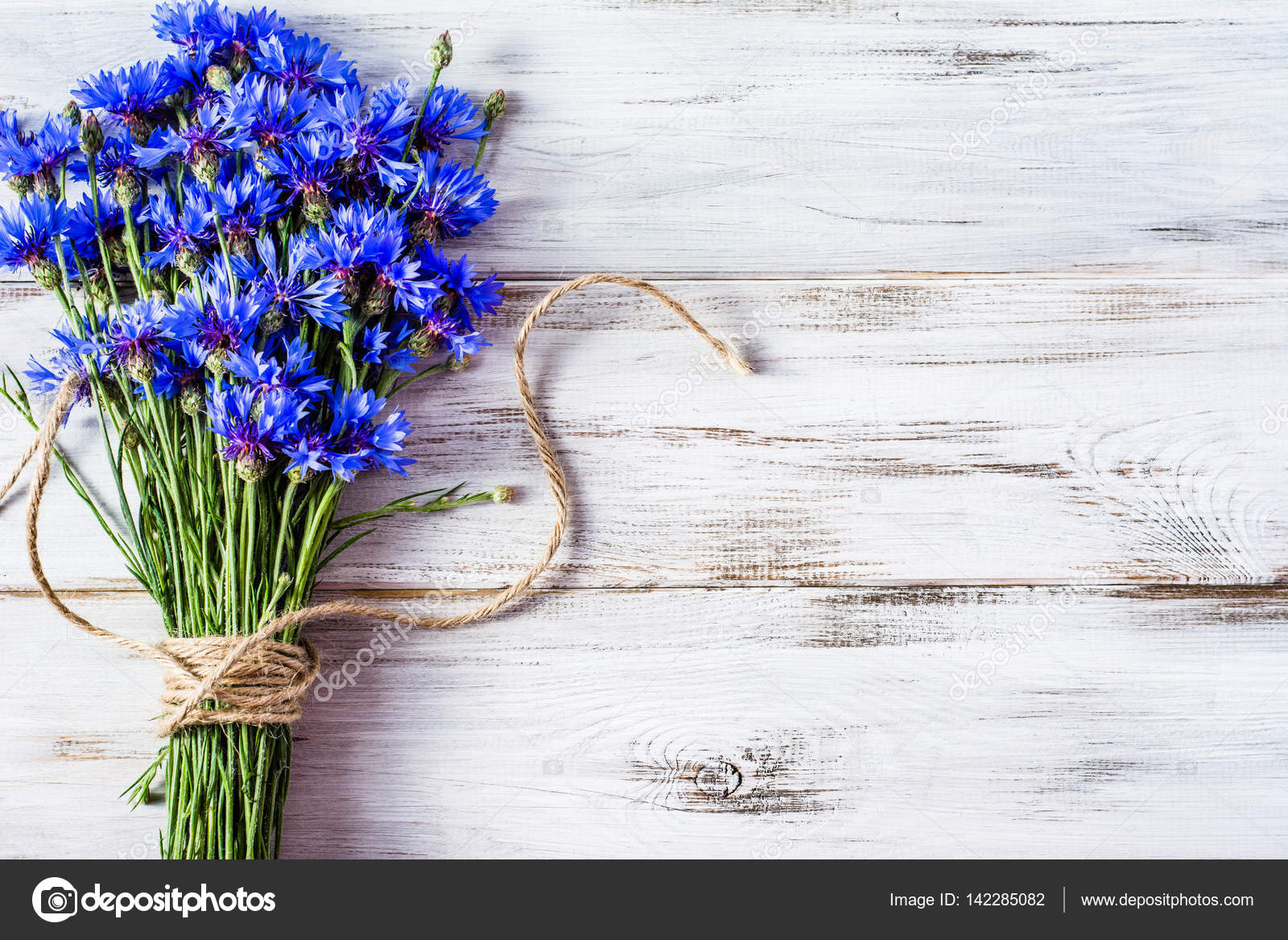 Красивые букеты из полевых цветов картинки красивые