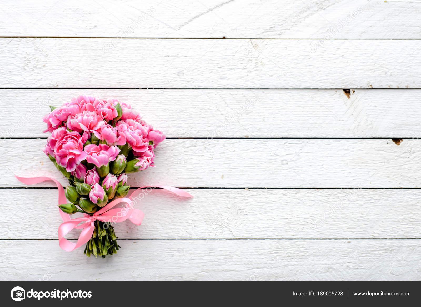 Frühling Blumen Tisch Strauß Auf Holz Hintergrund Geschenk Für