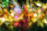 abstraktní pozadí - rozostření a rozmazané světlo vánoční strom