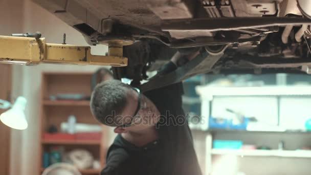 Mechanik Oprava vozu