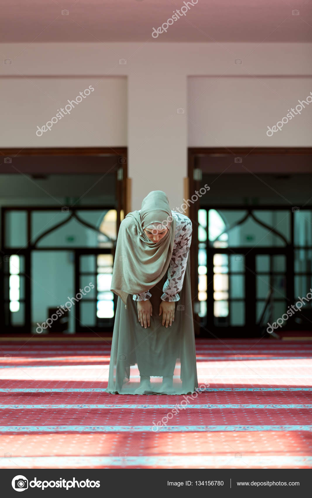 Schöne muslimische frauen, die christliche männer suchen