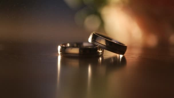 Beautiful wedding ring on the table and brought into focus the camera