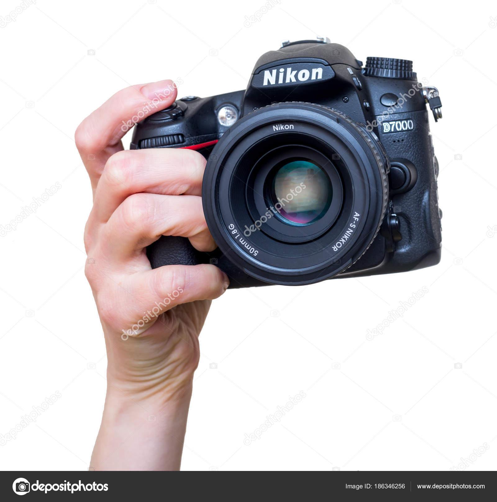 Russland Vladivostok 2018 Weibliche Hand Mit Modernen Dslr Kamera ...