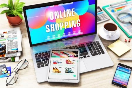 Photo pour Concept créatif abstrait d'achats en ligne, d'affaires sur Internet et de marketing Web : illustration en 3D d'un ordinateur portable avec message texte en ligne Shopping sur la table de bureau avec d'autres objets - tablette PC, smartphone ou téléphone portable, etc. . - image libre de droit