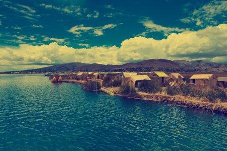 Photo pour Lac Titicaca près de Puno, Pérou - image libre de droit