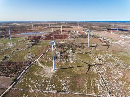 Wind turbines for electrical energy generation