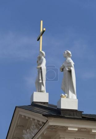 Statues on the roof of the Vilnius cathedral